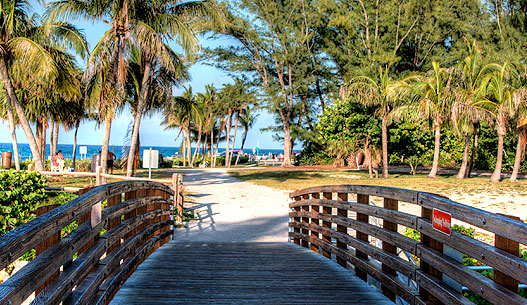 'Beach' from the web at 'http://www.jupiter.fl.us/images/InfoAdvanced/10/beach.jpg'